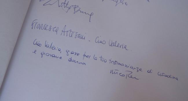 Valeria Solesin, l'omaggio di Renzi alla camera ardente