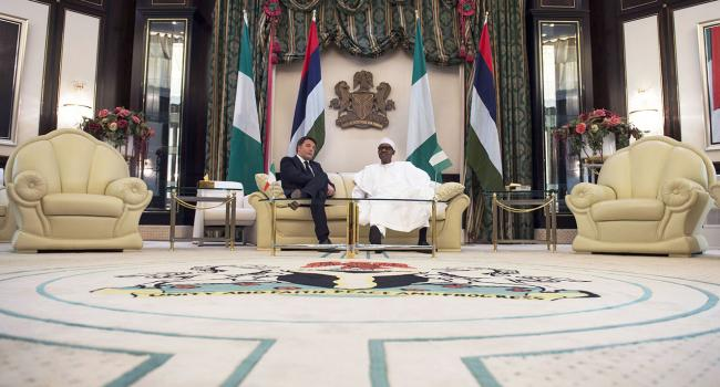 Renzi con il presidente Muhammadu Buhari