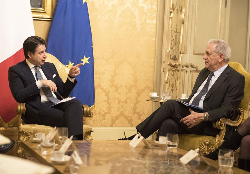 Conte meets with the EU Commissioner for Migration, Home Affairs and Citizenship, Avramopoulos - M5S notizie m5stelle.com