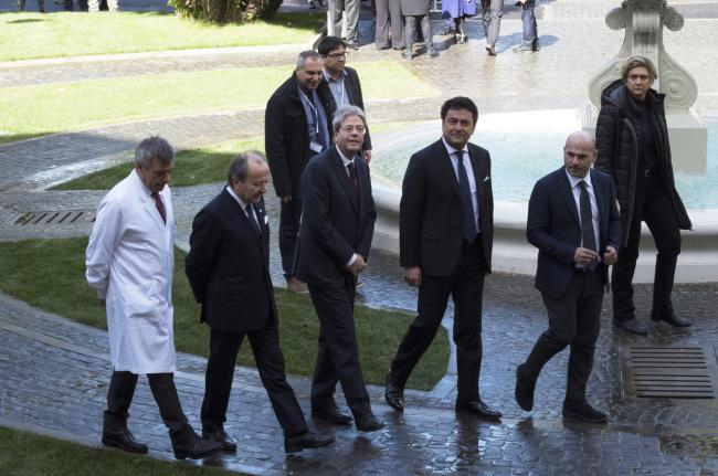 Gentiloni presso l'ospedale San Carlo di Nancy
