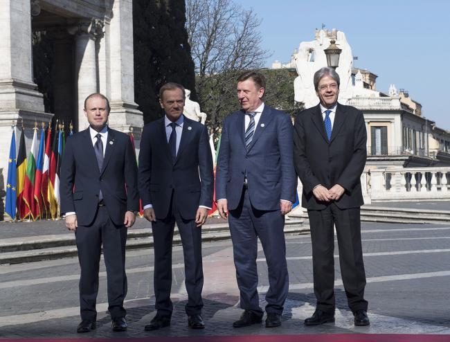 Paolo Gentiloni, Joseph Muscat, Donald Tusk, Māris Kučinskis, in Piazza del Campidoglio