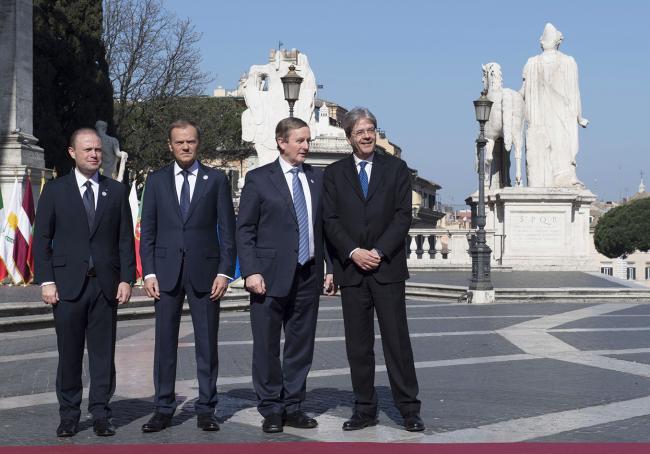 Paolo Gentiloni, Joseph Muscat, Donald Tusk, Enda Kenny, in Piazza del Campidoglio