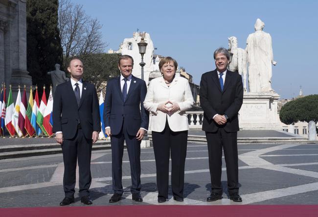 Paolo Gentiloni, Joseph Muscat, Donald Tusk, Angela Merkel, in Piazza del Campidoglio