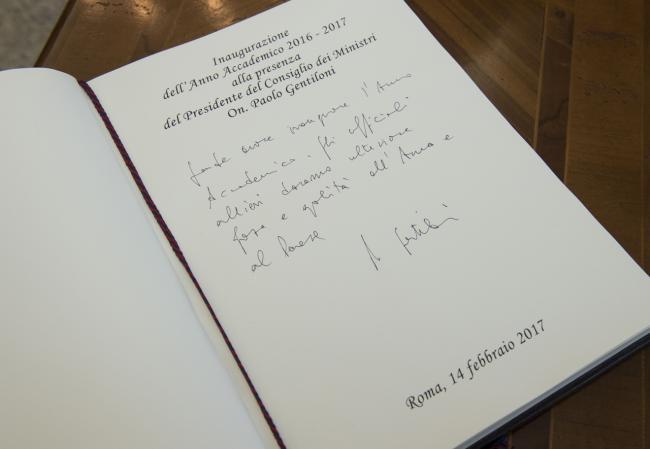 "Gentiloni alla Scuola Ufficiali dei Carabinieri ""Ugo De Carolis"""