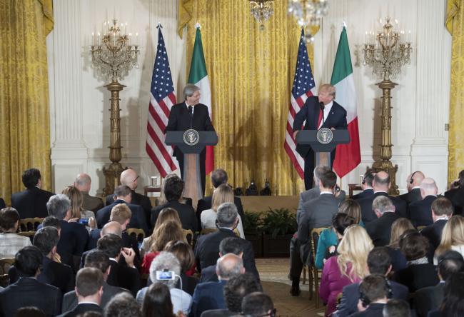 Conferenza stampa di Gentiloni e Trump alla Casa Bianca
