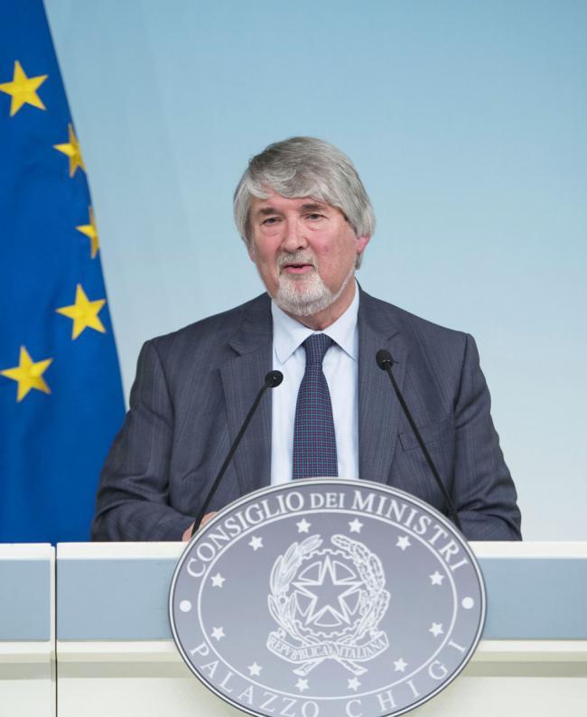 Il Ministro Poletti in conferenza stampa