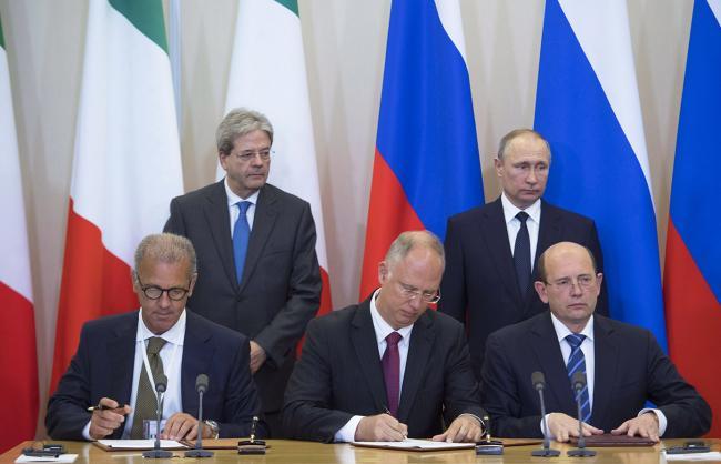 Gentiloni incontra il Presidente Putin