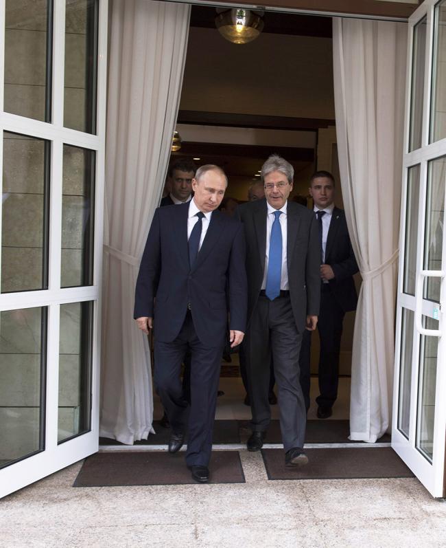 Il Presidente Gentiloni con Presidente della Federazione Russa Putin