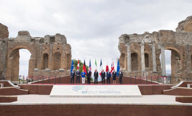 La foto di famiglia del Summit G7 Taormina