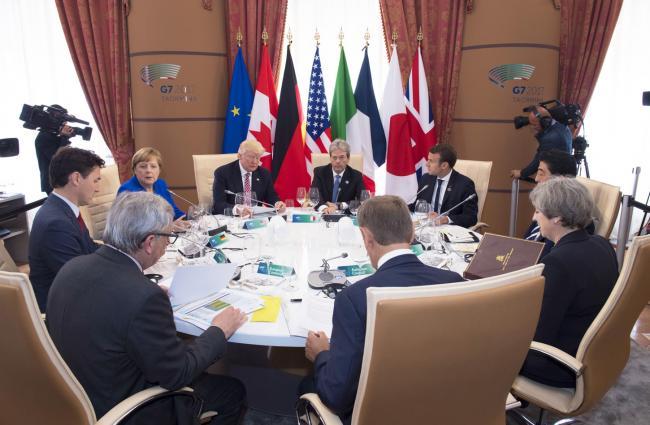 La prima sessione di lavoro del Summit G7