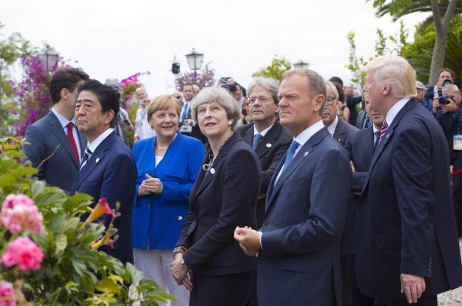 La Pattuglia Acrobatica Nazionale su Taormina in occasione del Summit G7.