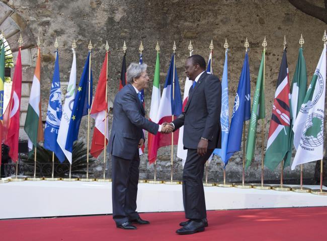 Summit G7 Taormina, Gentiloni accoglie il Presidente del Kenya