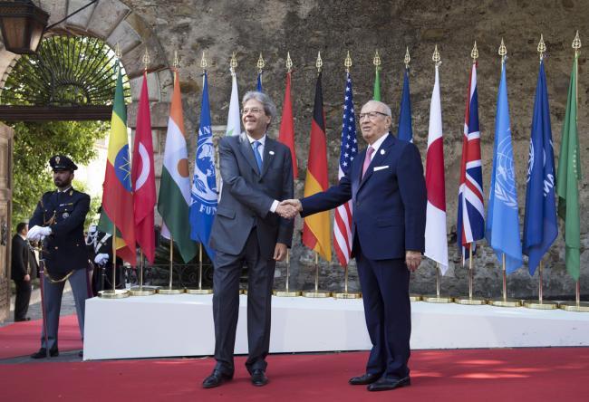 Summit G7 Taormina, Gentiloni accoglie il Presidente della Tunisia