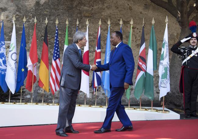 Summit G7 Taormina, Gentiloni accoglie il Presidente del Niger