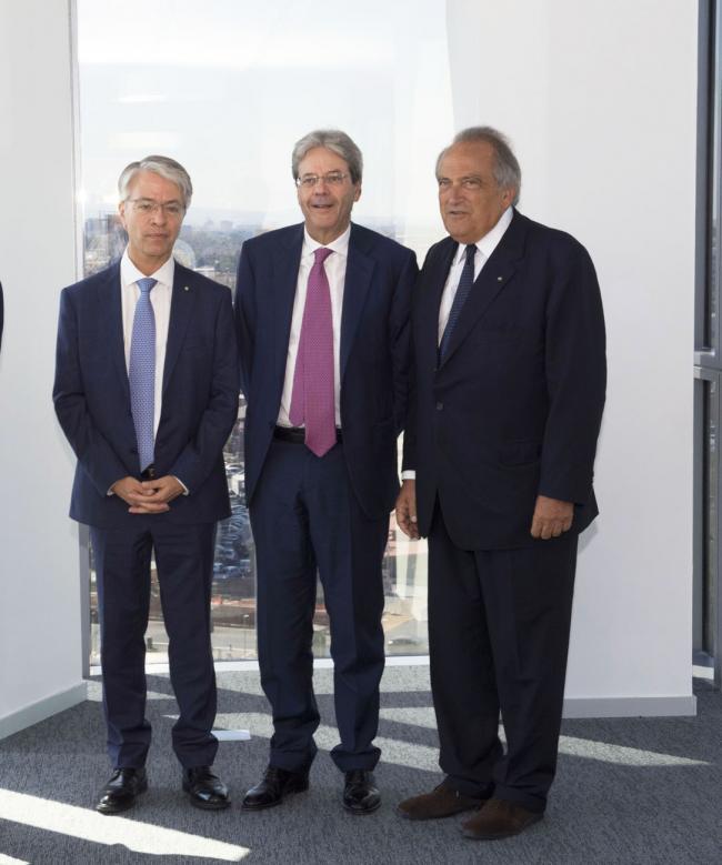 Gentiloni visita la nuova sede di Bnl Gruppo Bnp Paribas