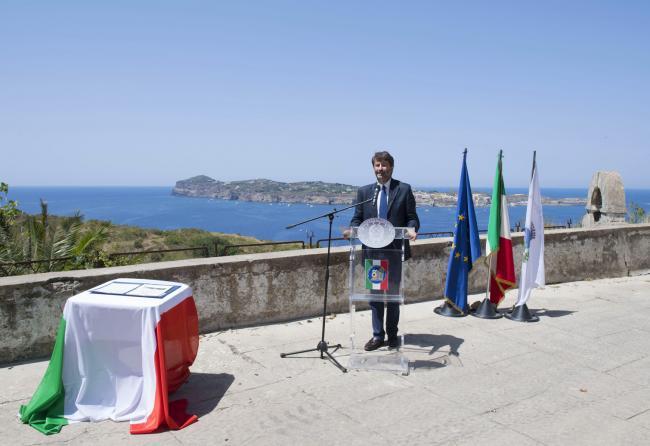 Inaugurazione dell'elisuperficie realizzata nell'Isola di Santo Stefano