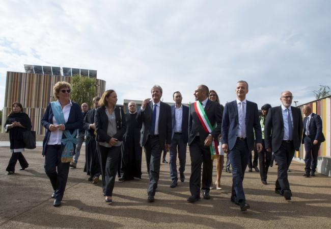 Gentiloni all'inaugurazione del Nuovo Polo scolastico a Cernusco sul Naviglio