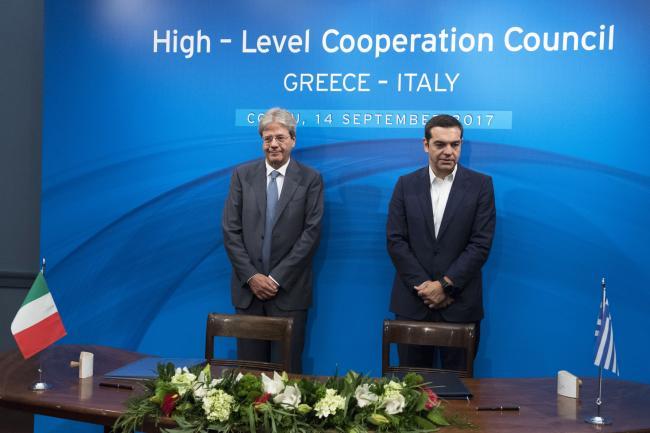 Gentiloni e Tsipras alla Cerimonia di firma di accordi