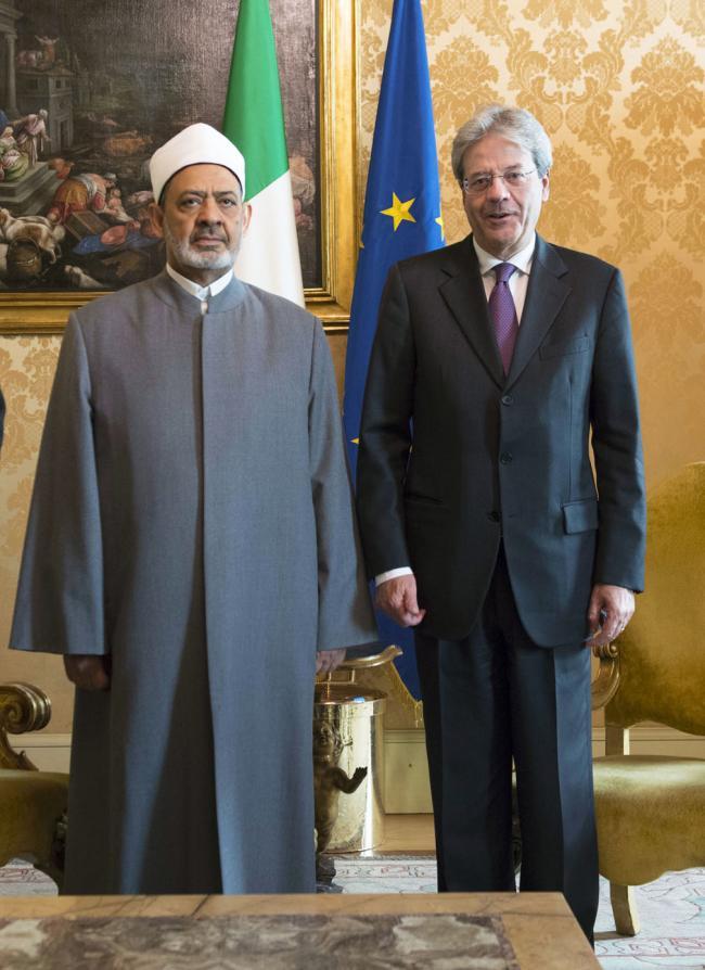 Gentiloni riceve il Grande Imam di Al-Azhar