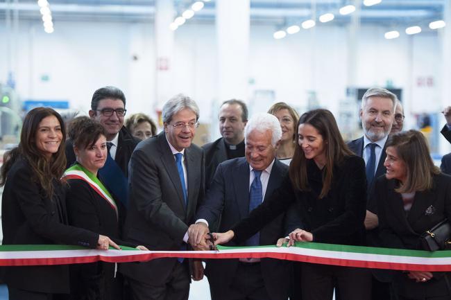 Gentiloni a Lodi all'inaugurazione del nuovo polo produttivo di ICR