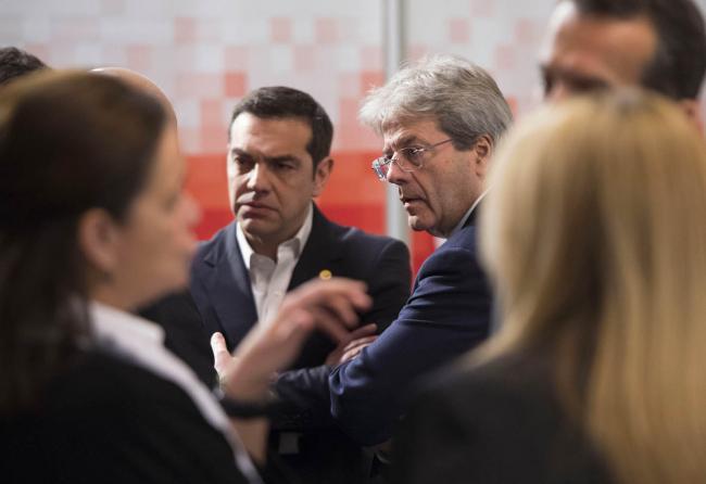 Gentiloni alla riunione del Partito Socialista Europeo