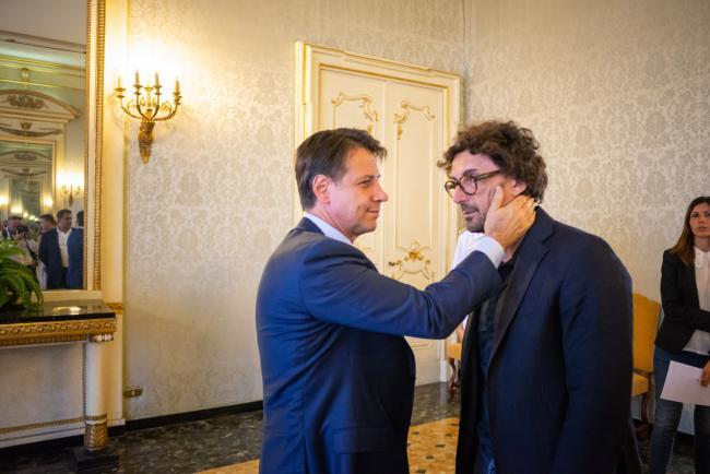Genova, il Presidente Conte con il Ministro Toninelli in Prefettura