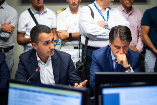 Genova, il Presidente Conte con il Ministro Di Maio in Prefettura