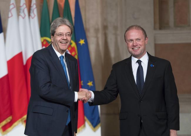 Il Presidente Gentiloni accoglie il Primo Ministro Muscat al Vertice dei Paesi del Sud dell'Ue