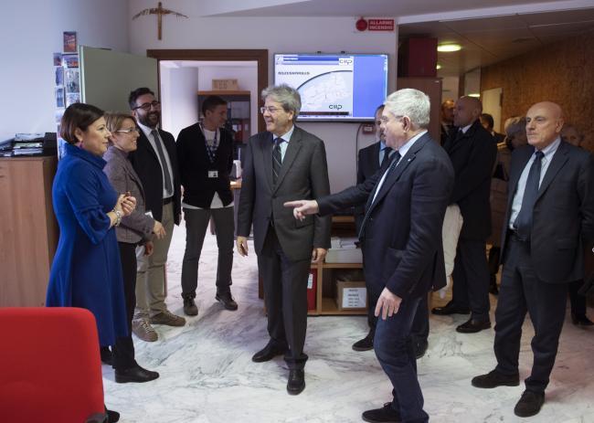 Gentiloni visita la sede del Consorzio idrico piceno
