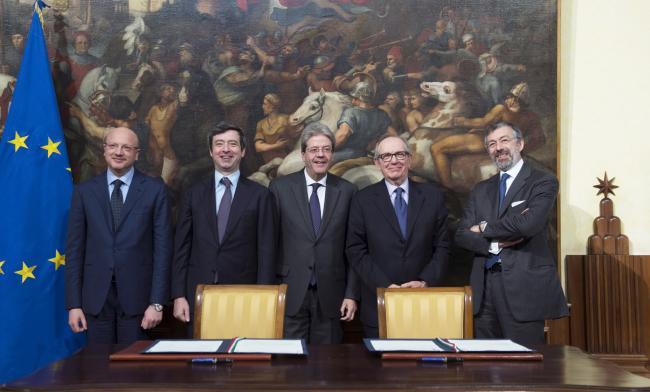 Gentiloni interviene alla firma dell'Accordo per il credito e la valorizzazione delle nuove figure di garanzia
