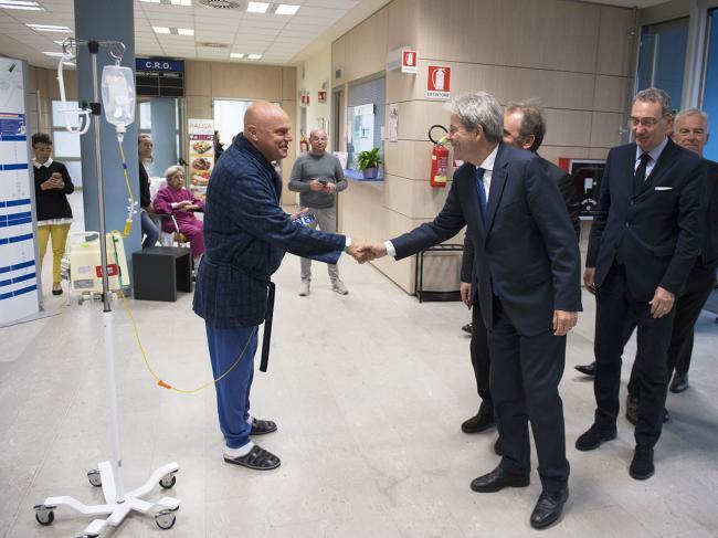 Il Presidente Gentiloni in visita al CRO di Aviano