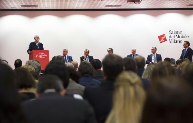 Gentiloni interviene al Salone internazionale del Mobile