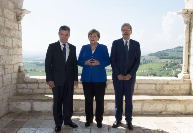 Gentiloni con Merkel e Santos ad Assisi