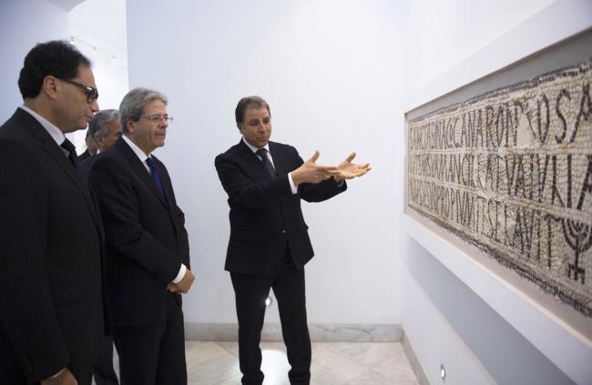 Gentiloni visita il Museo del Bardo