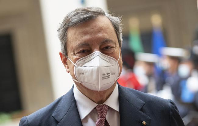 Il Presidente Draghi riceve gli Onori Militari a Palazzo Chigi