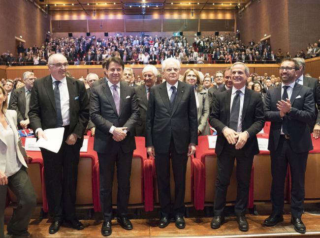 Conte alla cerimonia per il centenario di Confcooperative