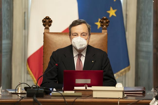 Il Presidente Draghi durante il Consiglio dei Ministri n. 1
