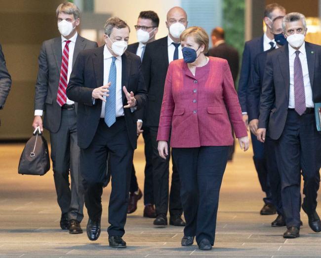 Il Presidente Draghi con la Cancelliera Merkel