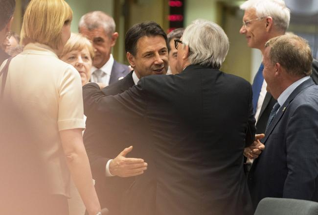 Conte e Juncker al Consiglio europeo e all'Euro Summit