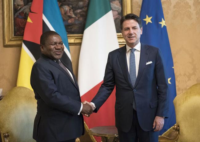 Il Presidente Conte accoglie il Presidente della Repubblica del Mozambico