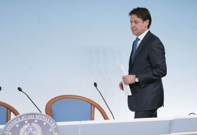 Il Presidente Conte in sala stampa