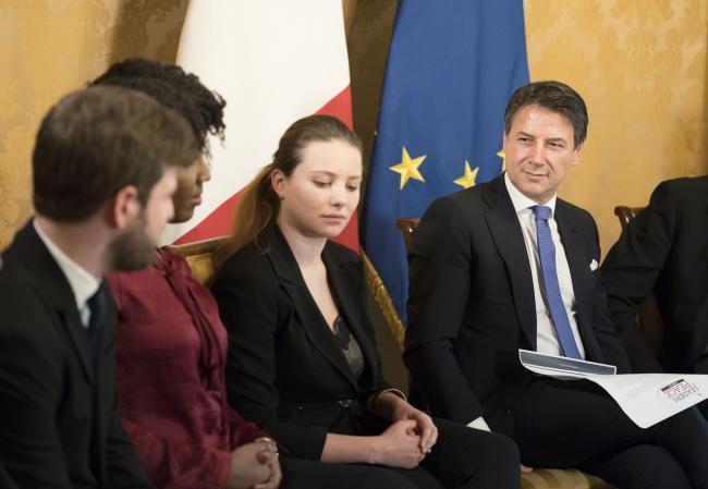 Il Presidente Conte riceve una delegazione dell'Associazione Rondine Cittadella della Pace