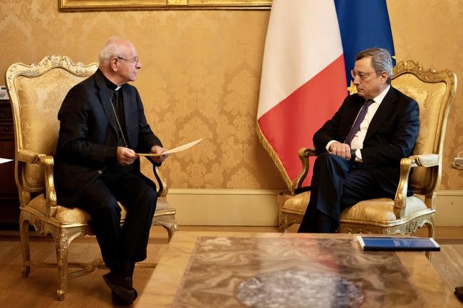 Il Presidente Draghi incontra Monsignor Paglia
