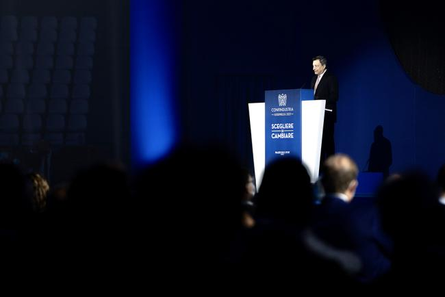 Draghi all'Assemblea di Confindustria