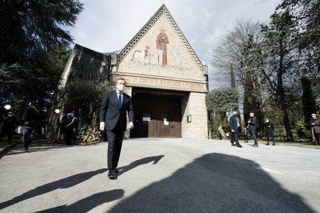 Draghi al cimitero monumentale della città di Bergamo