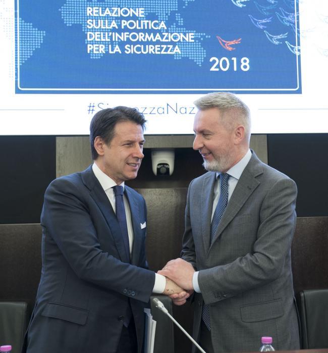 Il Presidente Conte con il Presidente del Copasir Guerini