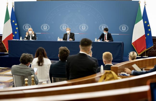 Conferenza stampa Bianchi - Giovannini - Speranza