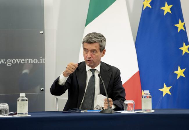 Il Ministro del Lavoro e delle Politiche Sociali Andrea Orlando in conferenza stampa