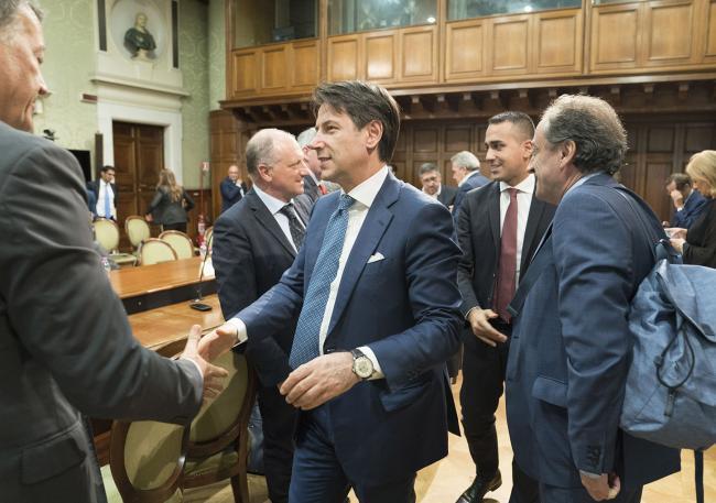 Il Presidente Conte durante l'incontro tra Governo e parti sociali su lavoro e welfare