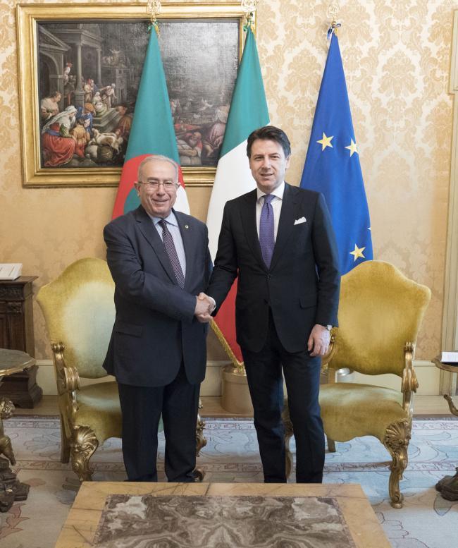 Il Presidente Conte con il Vice Primo ministro e Ministro degli Affari Esteri algerino